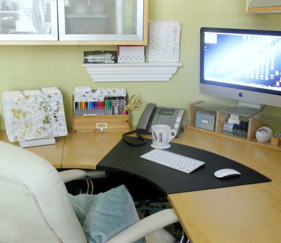 Work Desk Organization in 5 Easy Steps